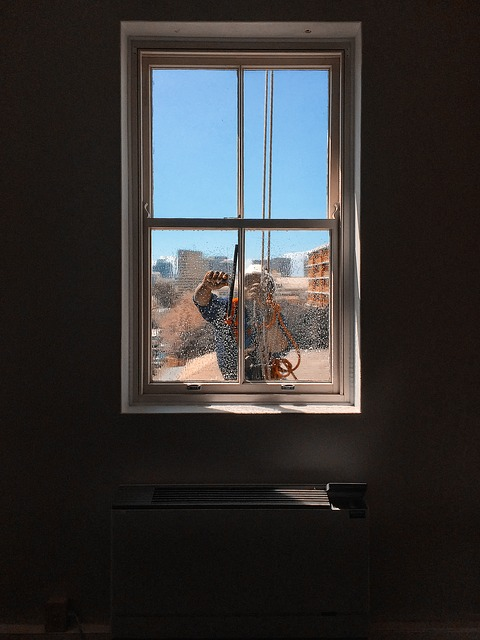 איטום חלונות בגובה