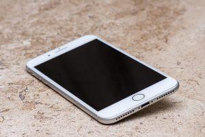 החלפת שקע טעינה לאייפון 7