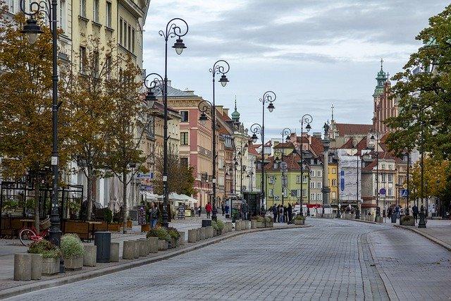 """נדל""""ן בפולין להשקעה"""