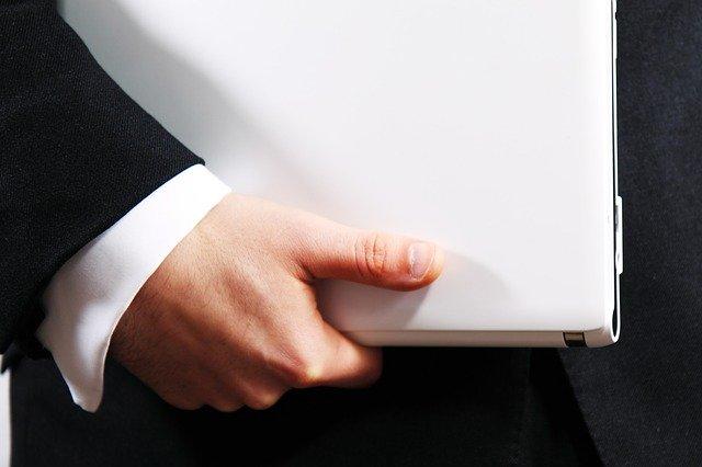 ליווי של טוען רבני או עורך דין בהליך גירושין